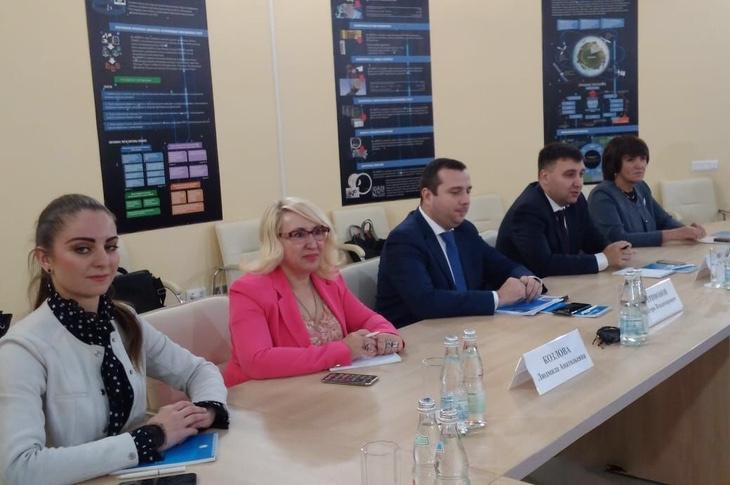Заседание Комиссии по науке и образованию, промышленности, развитию наукоградов и инновациям Общественной палаты региона с Общественной палатой города прошло в Королёве