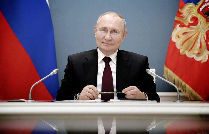 Путин сегодня подпишет указ о продлении майских праздников